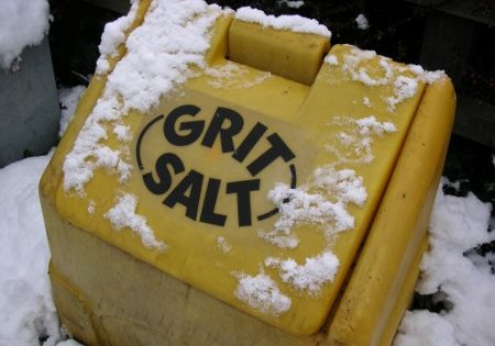 grit-salt-container
